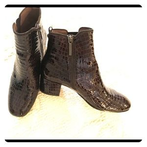 Brown patent bootie